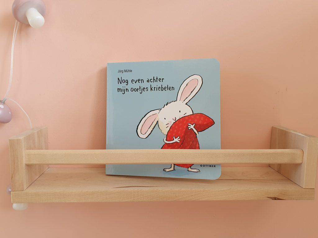 kinderboeken, kinderboek, nog even achter mijn oortjes kriebelen,